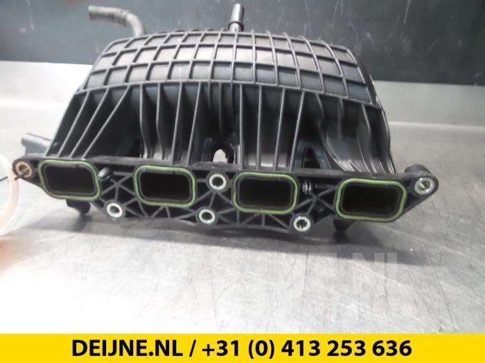 Inlaatspruitstuk - Volkswagen Scirocco