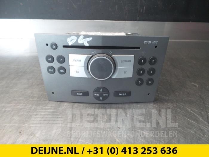 Radio - Opel Astra