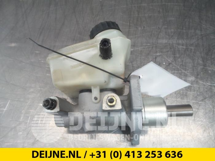Hoofdremcilinder - BMW 3-Serie