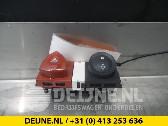 Paniekverlichtings Schakelaar - Peugeot Boxer