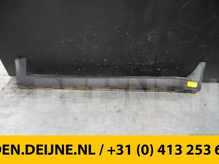 Zijskirt links - Volvo XC70