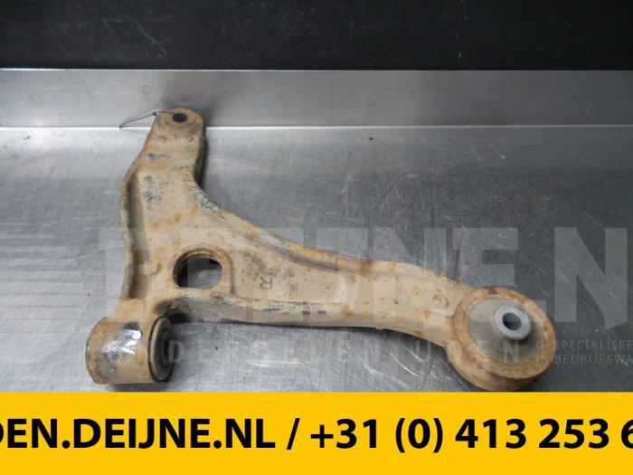 Draagarm rechts-voor - Renault Master