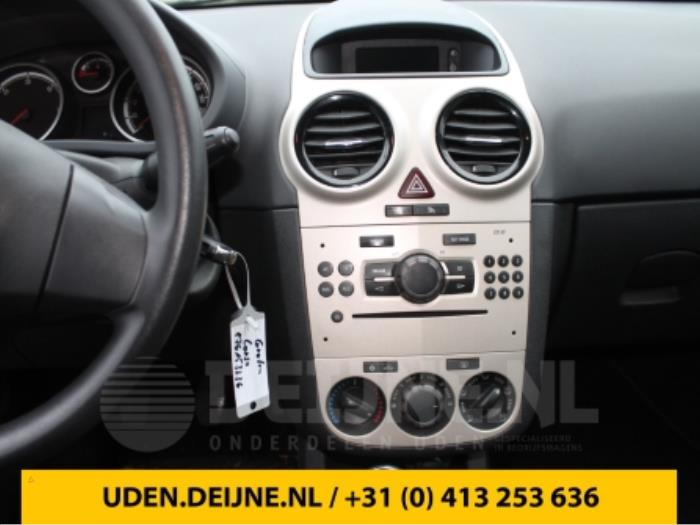 Display Multi Media regelunit - Opel Corsa