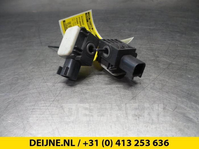 Airbag Sensor - Hyundai H300