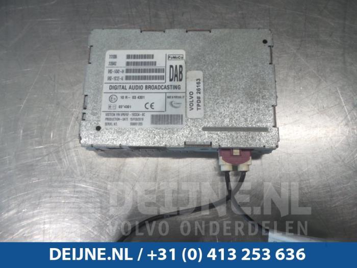 Radio module - Volvo V70