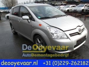 Toyota Verso Nieuw Model >> Gebruikte Toyota Corolla Verso (R10/11) 2.2 D-4D 16V Scherm rechts-voor kleurcode 03A ...