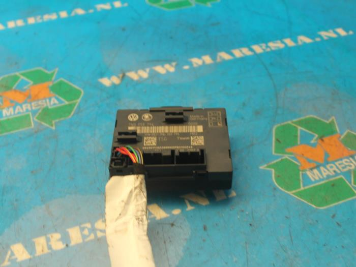 Central door locking module - Maresia Auto Recycling