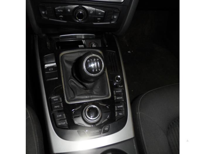 Radio control panel for Audi A4 8T0919609WFX - www maresia eu