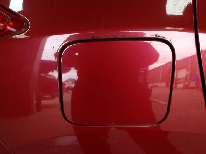 Nissan Juke (F15) 1.6 16V 2011 Tank Klep (klik op de afbeelding voor de volgende foto)