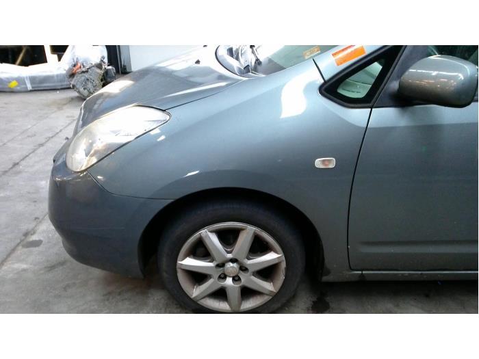Toyota Prius (NHW20) 1.5 16V 2005 Scherm links-voor (klik op de afbeelding voor de volgende foto)