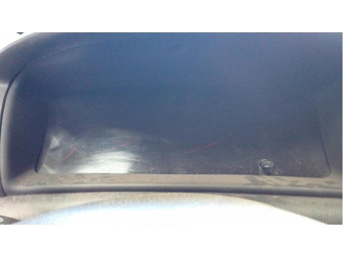 Toyota Corolla Wagon (E12) 1.6 16V VVT-i 2003 Instrumentenpaneel (klik op de afbeelding voor de volgende foto)