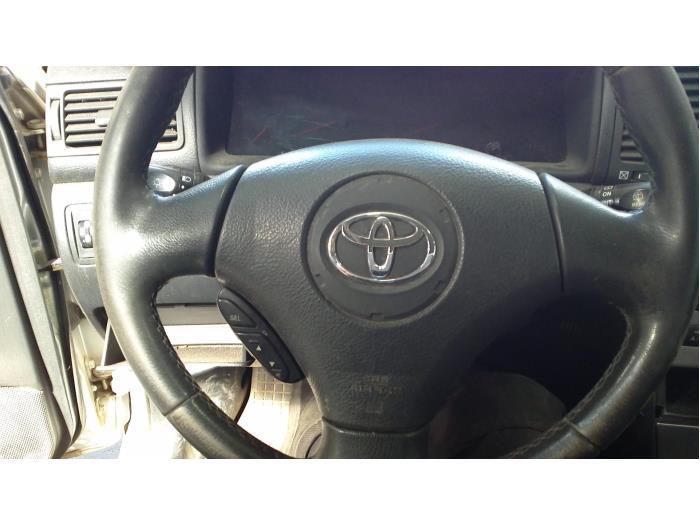 Toyota Corolla Wagon (E12) 1.6 16V VVT-i 2003 Airbag links (Stuur) (klik op de afbeelding voor de volgende foto)