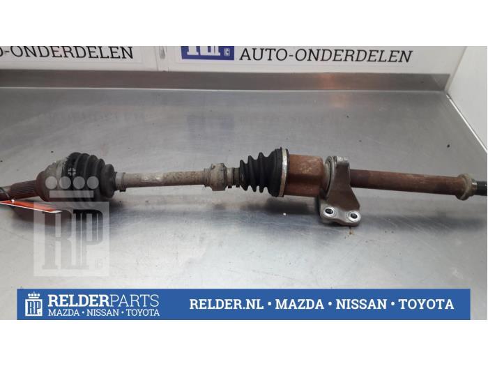Nissan NV 200 Evalia (M20M) 1.5 dCi 90 2014 Steekas rechts-voor (klik op de afbeelding voor de volgende foto)
