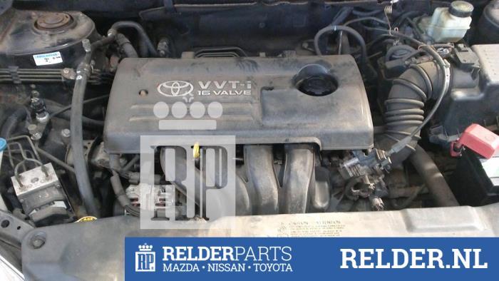 Toyota Corolla (E12) 1.4 16V VVT-i 2002 Motor (klik op de afbeelding voor de volgende foto)