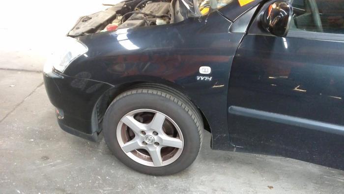 Toyota Corolla (E12) 1.4 16V VVT-i 2002 Scherm links-voor (klik op de afbeelding voor de volgende foto)