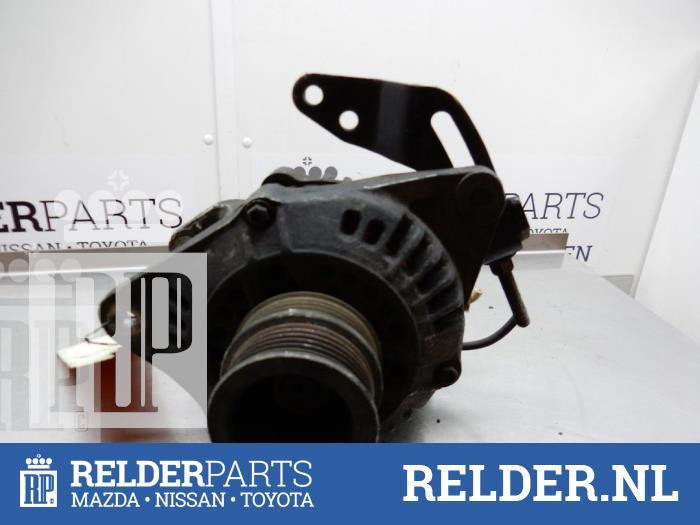 Nissan Bluebird (T12/T72) 1.8 SGX Turbo Lichtmaschine