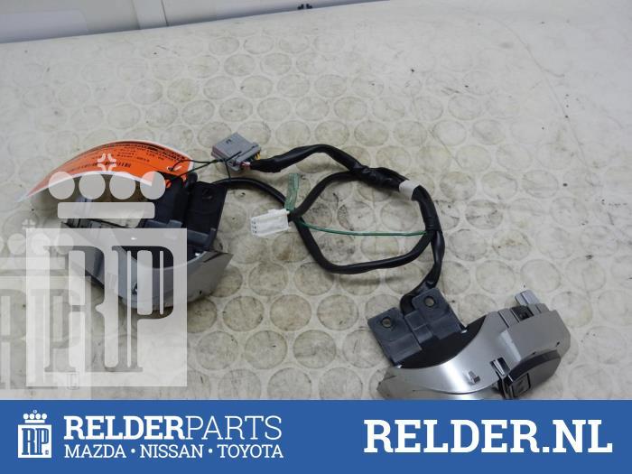 Nissan Juke (F15) 1.5 dCi 2013 Radiobediening Stuur (klik op de afbeelding voor de volgende foto)