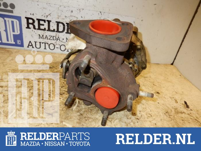 Toyota Corolla (E12) 2.0 D-4D 16V 90 2002 G-lader (klik op de afbeelding voor de volgende foto)
