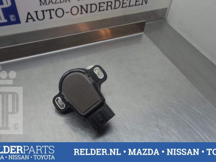 Toyota Corolla (E12) 1.4 D-4D 16V 2006 Gaspedaalpositie Sensor (klik op de afbeelding voor de volgende foto)