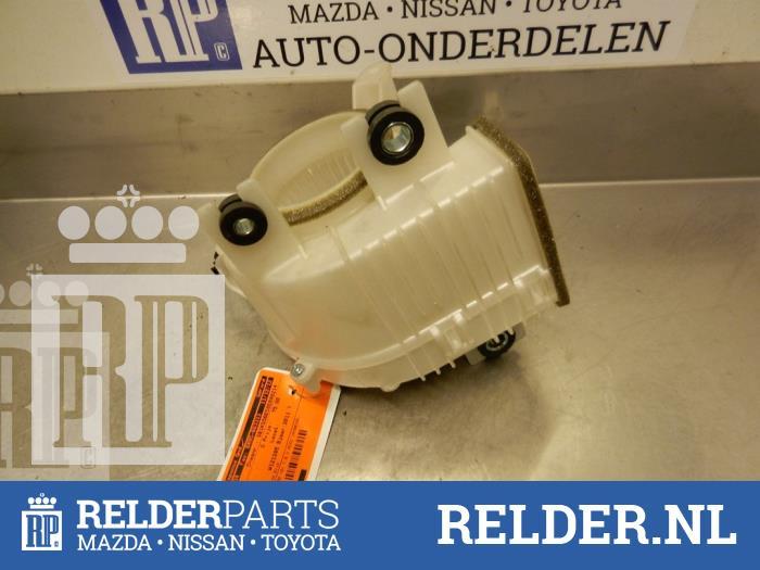 Toyota Auris (E15) 1.8 16V HSD Full Hybrid 2011 Koelvin Motor (klik op de afbeelding voor de volgende foto)