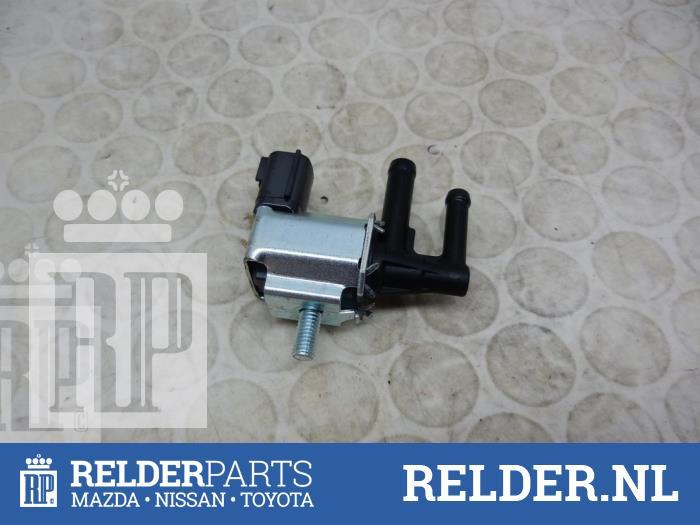 Nissan Juke (F15) 1.6 16V 2013 Vacuum ventiel (klik op de afbeelding voor de volgende foto)