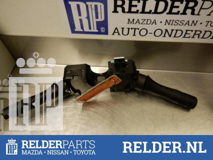 Nissan Juke (F15) 1.6 16V 2013 Stuurkolomschakelaar (klik op de afbeelding voor de volgende foto)