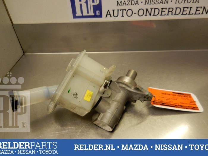 Nissan Micra (K13) 1.2 12V 2012 Hoofdremcilinder (klik op de afbeelding voor de volgende foto)