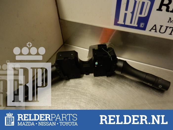 Nissan Juke (F15) 1.6 16V 2012 Stuurkolomschakelaar (klik op de afbeelding voor de volgende foto)