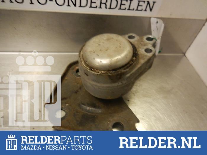 Mazda 2 (NB/NC/ND/NE) 1.25 16V 2005 Motorrubber (klik op de afbeelding voor de volgende foto)