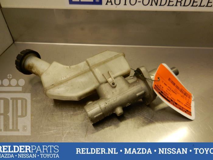 Nissan Micra (K12) 1.5 dCi 65 2004 Hoofdremcilinder (klik op de afbeelding voor de volgende foto)