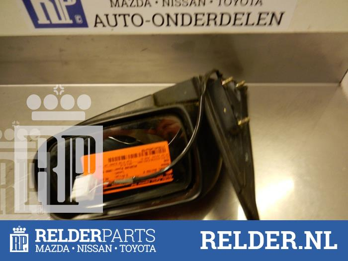 Mazda 626 (GF14) 1.8i 16V 1998 Spiegel Buiten rechts (klik op de afbeelding voor de volgende foto)