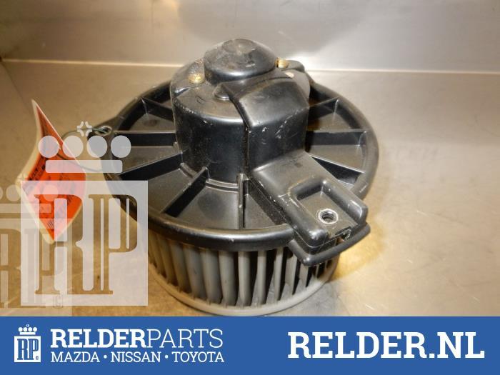 Mazda MX-3 1.8i V6 24V 1998 Aanjager (klik op de afbeelding voor de volgende foto)