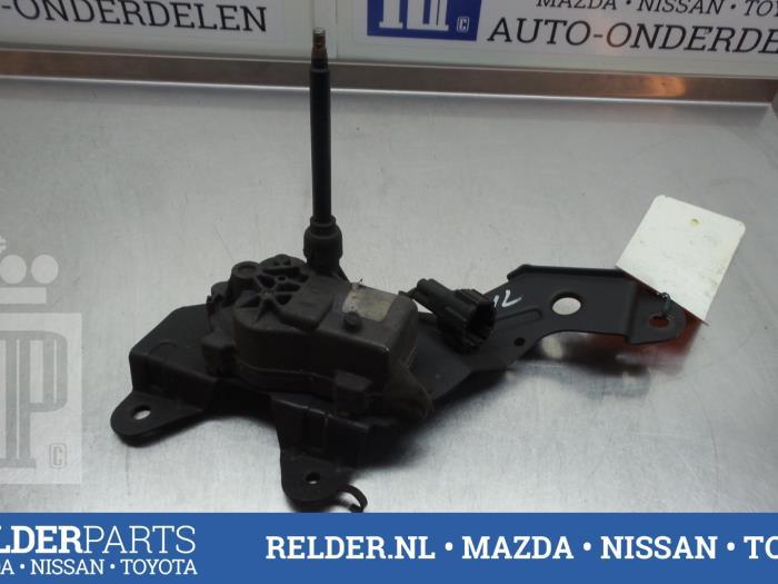 Nissan Patrol GR (Y61) 3.0 GR Di Turbo 16V 2000 Koplampwisser Motor (klik op de afbeelding voor de volgende foto)