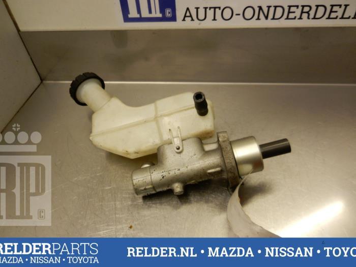 Nissan Micra (K12) 1.0 16V 2005 Hoofdremcilinder (klik op de afbeelding voor de volgende foto)