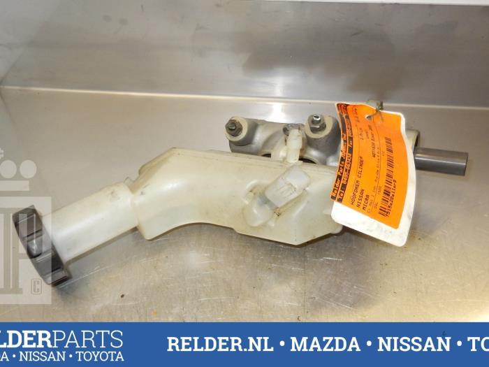 Nissan Micra (K12) 1.5 dCi 65 2005 Hoofdremcilinder (klik op de afbeelding voor de volgende foto)