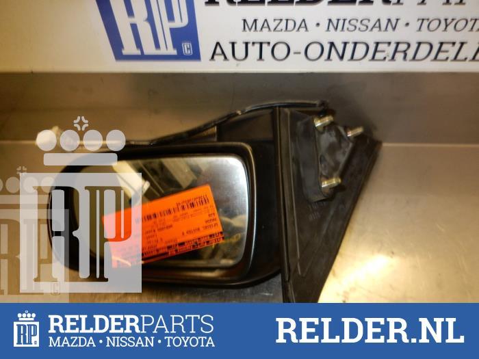 Mazda 626 (GF12) 2.0i 16V GLX 1998 Spiegel Buiten rechts (klik op de afbeelding voor de volgende foto)