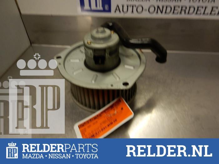 Mazda 626 (GE14/74/84) 1.8i LX,GLX 16V 1997 Kachel Ventilatiemotor (klik op de afbeelding voor de volgende foto)