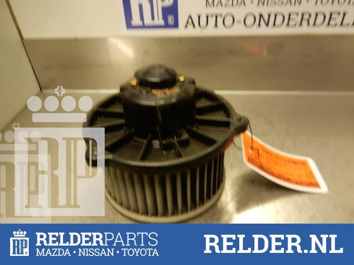Mazda MX-3 1.6i 16V 1992 Aanjager (klik op de afbeelding voor de volgende foto)