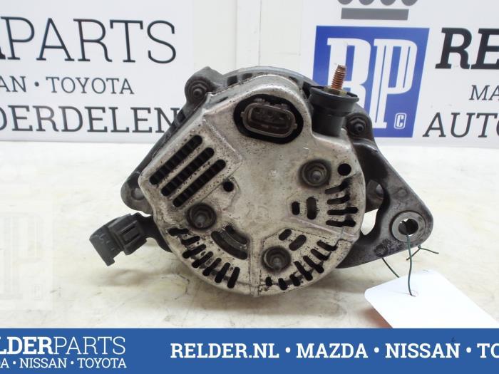 Toyota Celica (T20) 1.8i 16V 1994 Alternator (klik op de afbeelding voor de volgende foto)