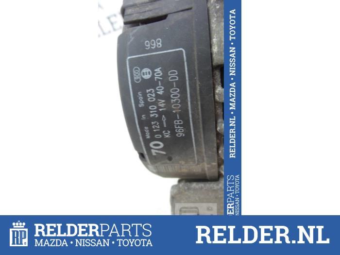 Mazda 121 (JA/JB) 1.3i LX,GLX Kat. 1998 Dynamo (klik op de afbeelding voor de volgende foto)