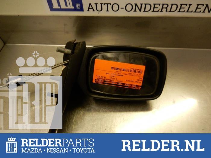 Mazda 121 (JA/JB) 1.3i LX,GLX Kat. 1996 Buitenspiegel links (klik op de afbeelding voor de volgende foto)