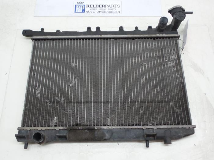 Nissan 100 NX (B13) 1.6 16V 1992 Radiateur (klik op de afbeelding voor de volgende foto)