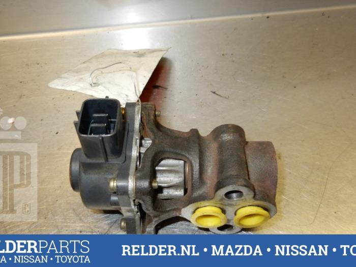 Mazda 323 Fastbreak (BJ14) 1.8 GLX,GT 16V 1999 Uitlaat gasklep (EGR) (klik op de afbeelding voor de volgende foto)