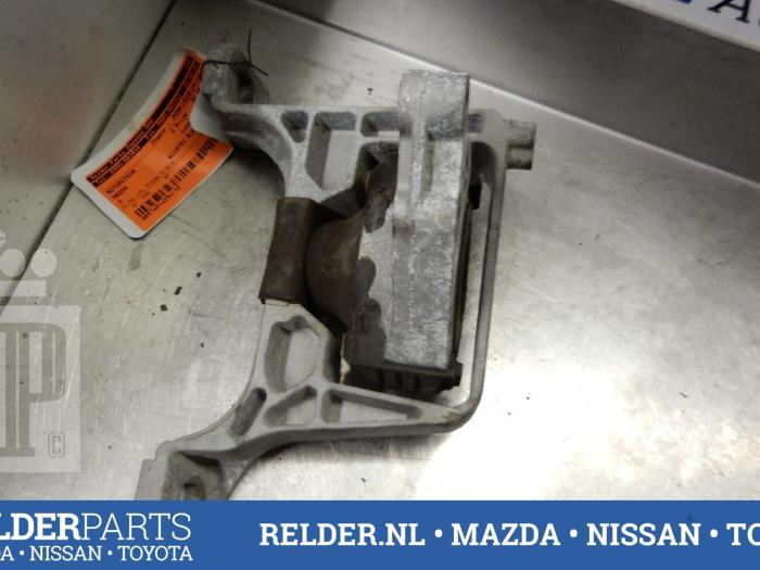 Mazda 3 Sport (BK14) 1.6i 16V 2006 Motorrubber (klik op de afbeelding voor de volgende foto)