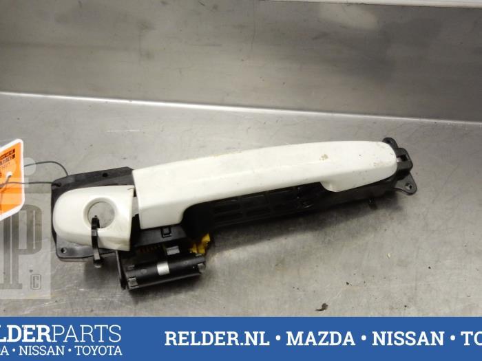 Deco Chambre Bebe Ikea :  4portes avant gauche dun Toyota Yaris (Yaris 2 06) (Usagé