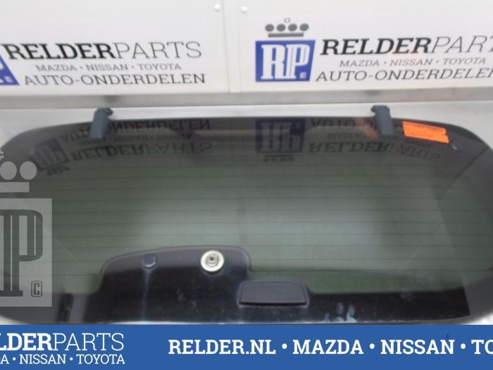 Nissan Pathfinder (R51) 2.5 dCi 16V 4x4 2007 Achterruit (klik op de afbeelding voor de volgende foto)