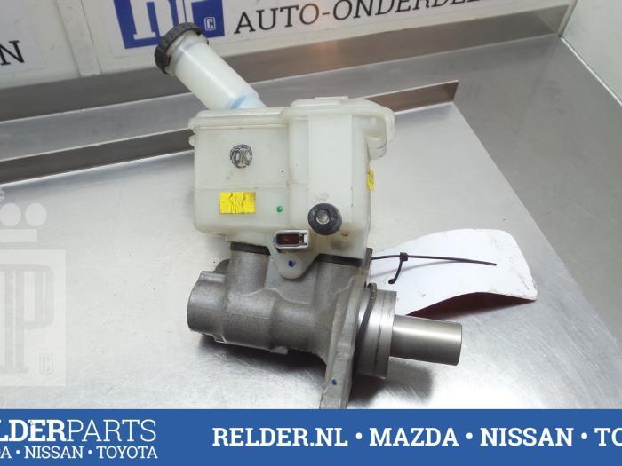 Nissan Micra (K13) 1.2 12V 2013 Hoofdremcilinder (klik op de afbeelding voor de volgende foto)