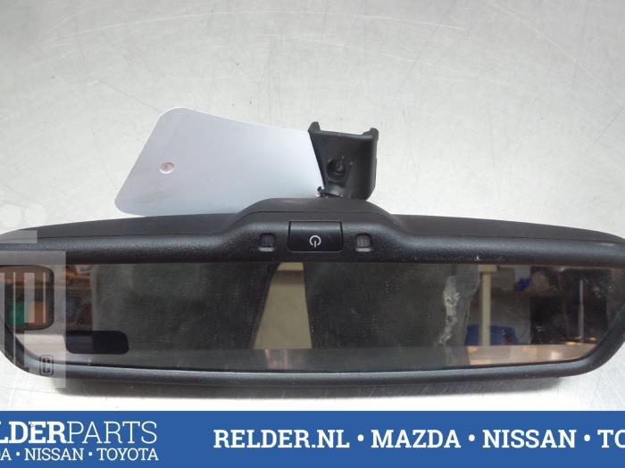 Nissan Navara (D40) 2.5 dCi 16V 4x4 2008 Binnenspiegel (klik op de afbeelding voor de volgende foto)