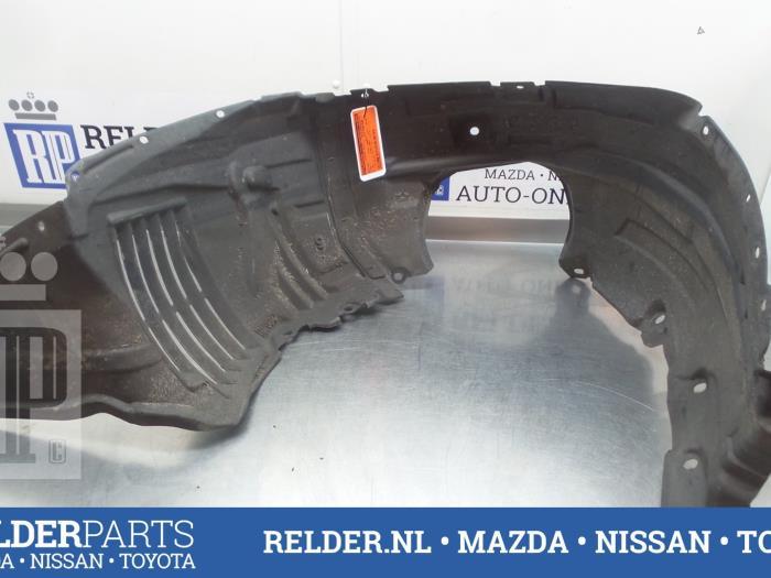 Mazda 5 (CR19) 2.0 CiDT 16V High Power 2008 Modderkuip (klik op de afbeelding voor de volgende foto)