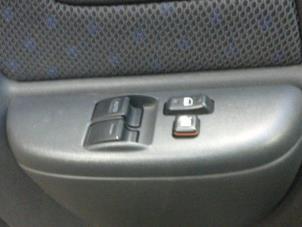 Toyota Verso Nieuw Model >> Gebruikte Toyota Yaris Verso (P2) 1.3 16V Elektrisch Raam Schakelaar - RELDER PARTS B.V ...